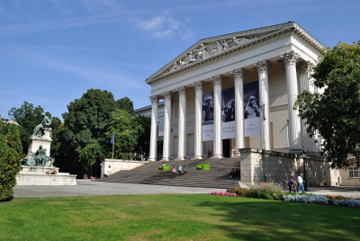 Hungarian-National-Museum-Magyar-Nemzeti-Muzeum-1.jpg