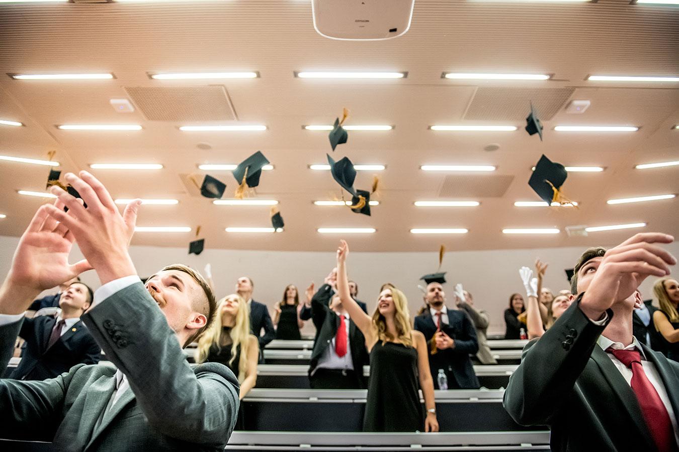 Diplomaosztó after
