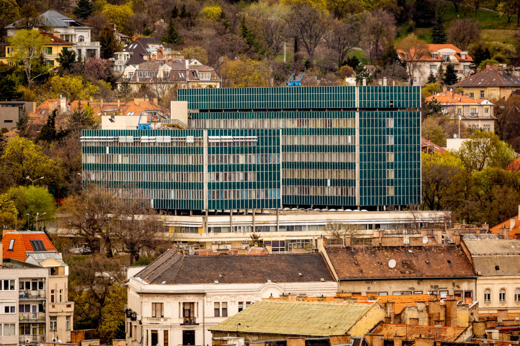 Ménesi Campus