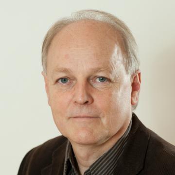 Dr. Békés Csaba János