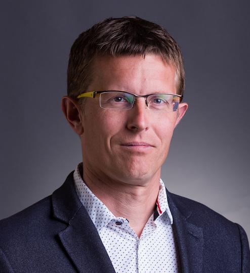 Dr. Brodszky Valentin