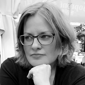 Dr. Csöndes Mónika