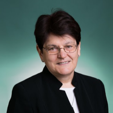 Dr. Daruka Magdolna