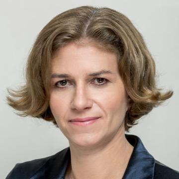 Dr. Dömötör Barbara