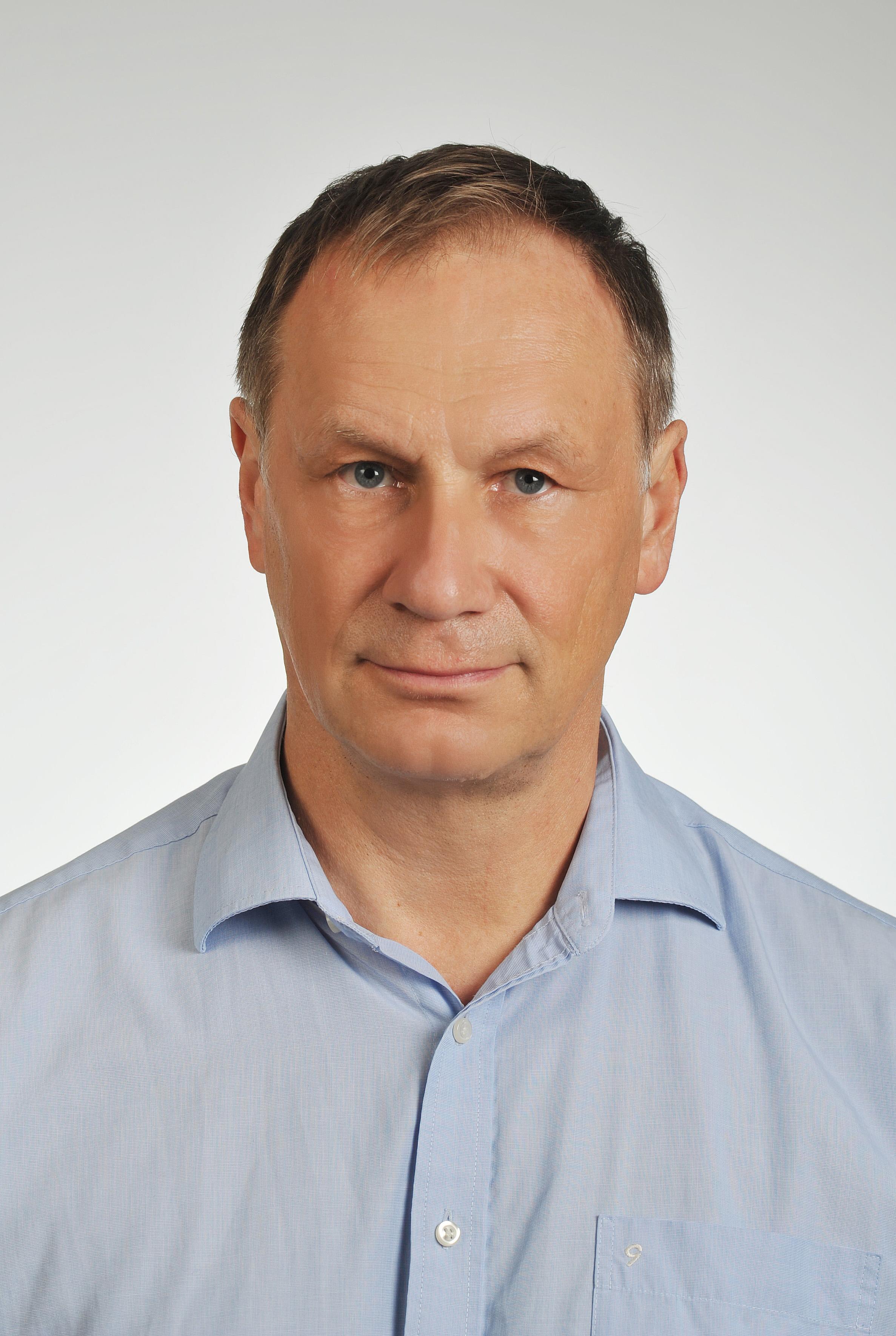 Dr. Kacsirek László