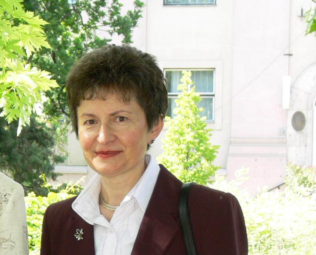 Dr. Kovács Erzsébet