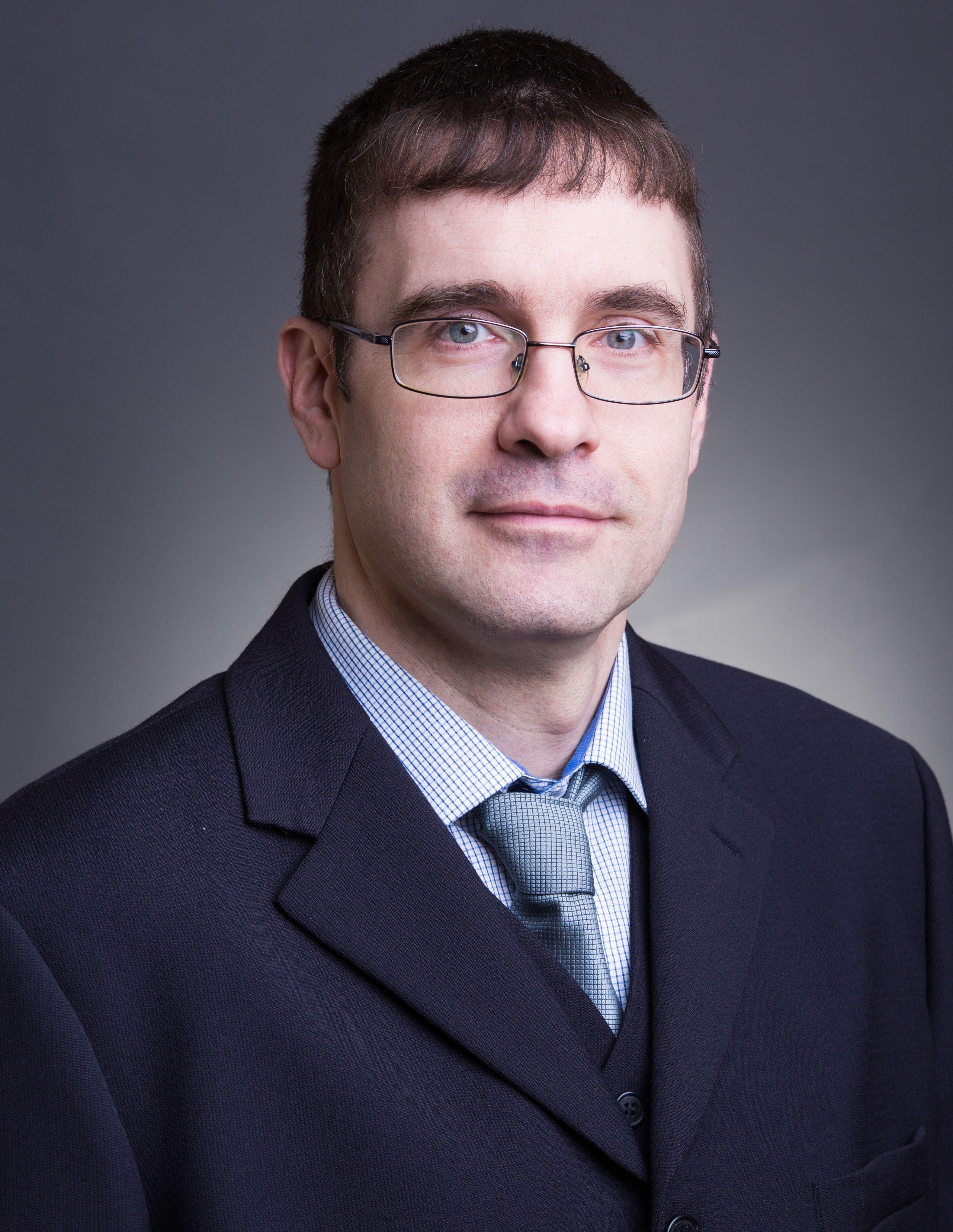 Dr. Mizik Tamás