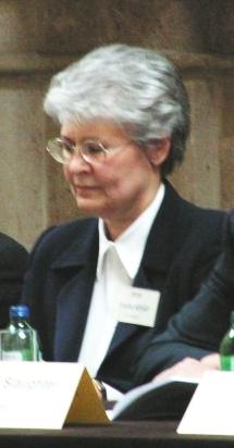 Dr. Nováky Erzsébet