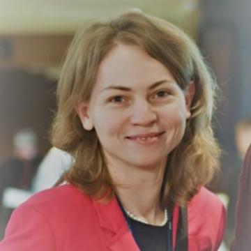 Dr. Rencz Fanni