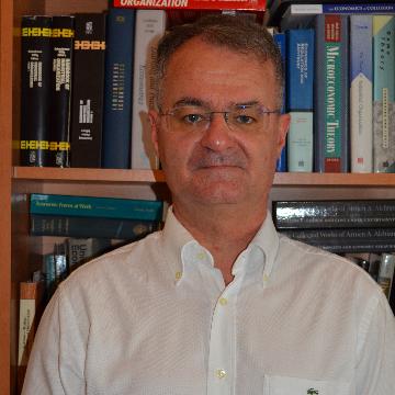 Dr. Szakadát László