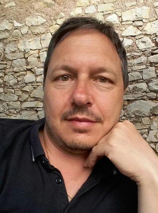 Dr. Székely-Doby András